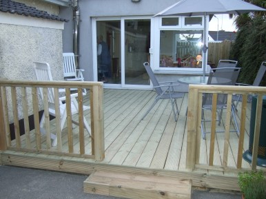 Flat Decking with Handrail & Step